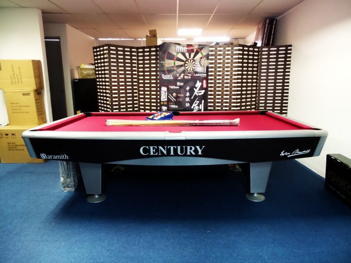 Century Silver 9ft in Showroom