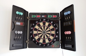 One80 Deluxe Electronic Dartboard with Mat