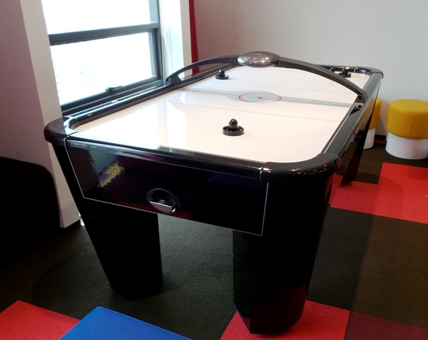 Easten 7ft Air Hockey