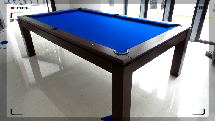 Pranzo 8ft with Blue Cloth