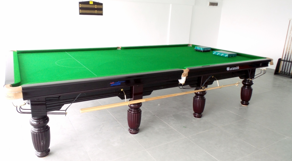 Crown Snooker at Flexis One South 1