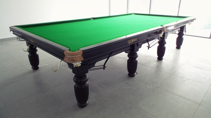 Crown Snooker at Flexis One South 2